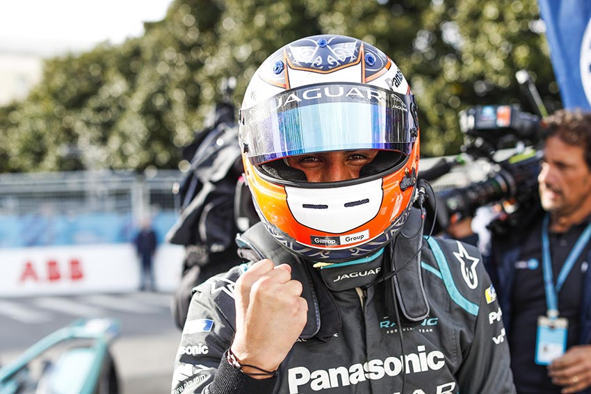 Mitch Evans (NZL), Panasonic Jaguar Racing, Jaguar I-Type 3, wins the race
